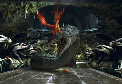Bestand:Phoenix fighting.jpg