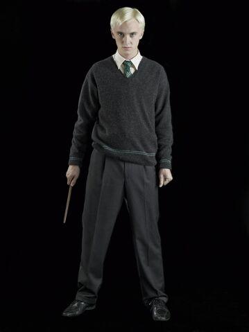 File:Draco Malfoy (HBP promo) 2.jpg