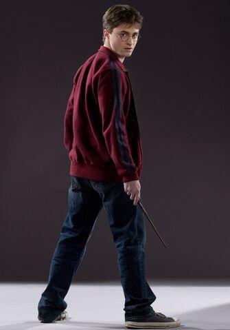 File:Harry Potter (HBP promo) 2.jpg