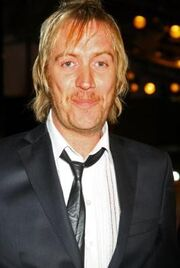 Rhys Ifans as Xeno Lovegood.jpg