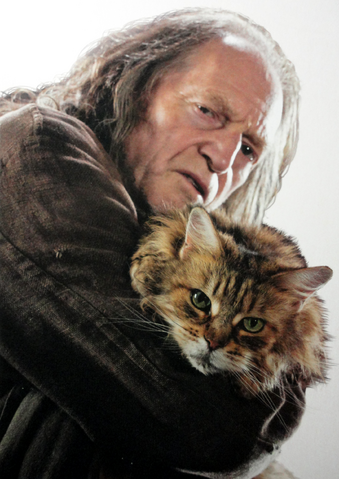 File:Filch and mrs. Norris.png