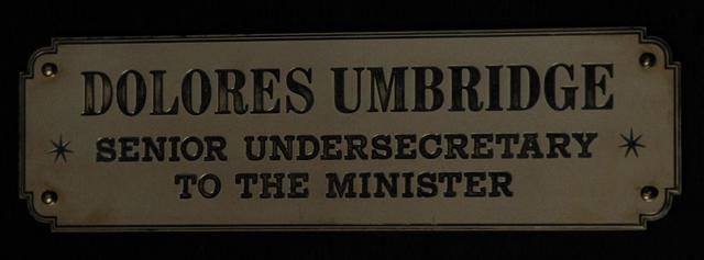 File:Dolores Umbridge sign.png