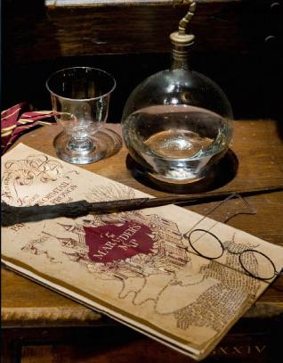 File:The Marauder's Map with Harry Potter's wand and spectacles.jpg