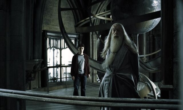 File:Harry and Dumbledore at the Astronomy Tower HBP.jpg
