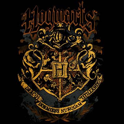 File:Hogwarts Crest (design for t-shirt).jpg