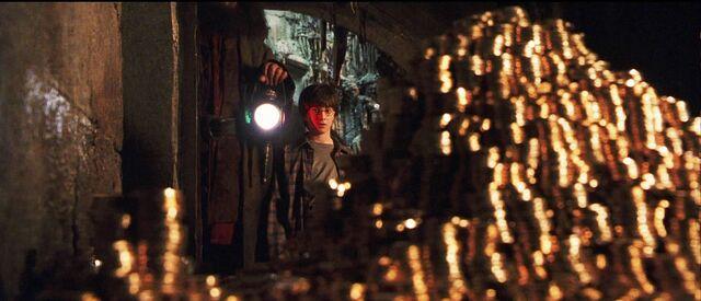 File:Potter vault.jpg