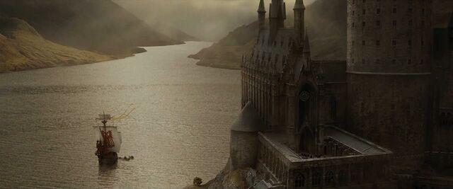 File:Hogwarts ship leaving GOF 1.jpg