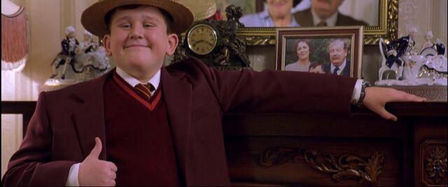 File:Harry-potter1-dudley uniform.jpg
