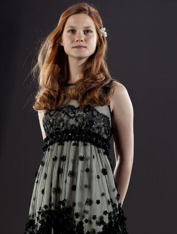 File:Ginny Weasley Deathly Hallows promo image 1.jpg