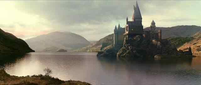 File:Hogwarts001.jpg