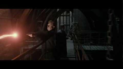 Harry Potter and the Deathly Hallows part 2 - Courtyard battle part 1