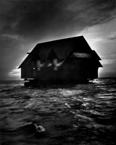File:House in the ocean.jpg