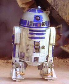 R2-D2 002