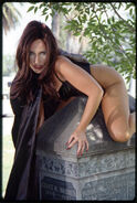 Stephanie Beaton 003