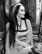 Lily Munster 002