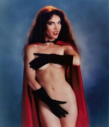Brinke Stevens - Vampirella