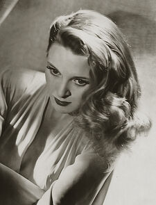 Evelyn Ankers 005