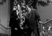 Addams Family 1x02 001