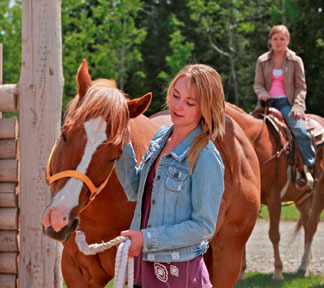 File:Amy-fleming-and-heartland-gallery.jpg