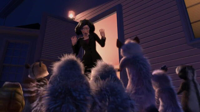 File:Overthehedge-disneyscreencaps.com-2491.jpg
