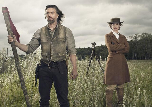 File:Cullen and Lily Season 2 promo.jpg