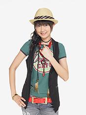 Berryz yurina official 20080531.jpg