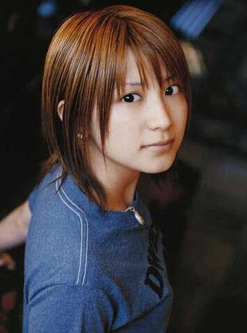 File:Yaguchi Mari 2005.jpg
