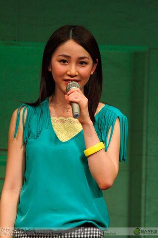 File:Kikkawa performing Koko Kara Hajimarunda!.jpg