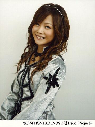 File:Niigaki Risa November 2007.jpg