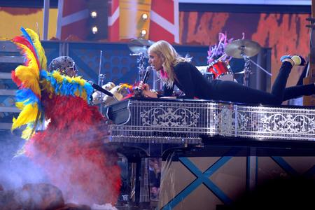 File:Cee-Lo-Paltrow-Grammys 512.jpg