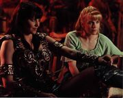 Xena and Gabrielle, The Path Not Taken