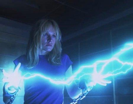 File:Elle Bishop-Electric Manipulation.jpg