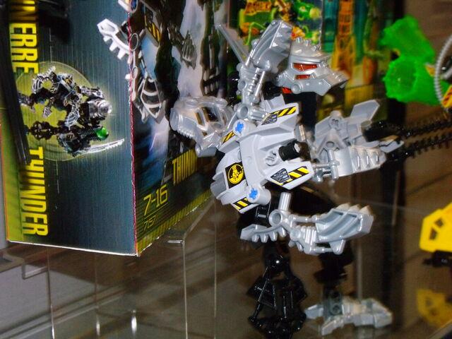 File:Toy fair 293.jpg