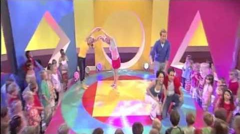 Colours Song - Living in a Rainbow - Hi5 UK