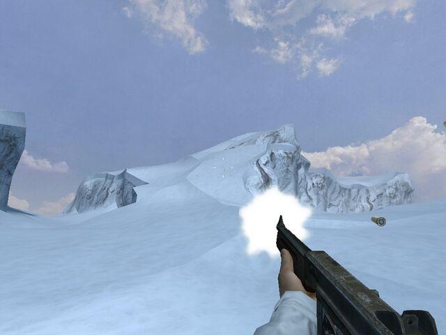 File:M1 Thompson firing (Iceberg).jpg
