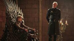 Tywin Mano del Rey HBO
