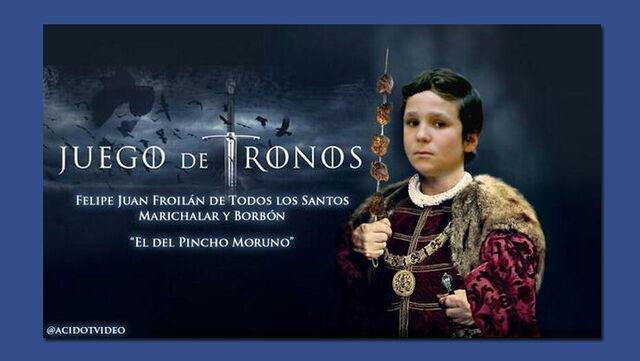 Archivo:Nieto-Rey-vuelve-noticia-trastada TINIMA20130806 0871 3.jpg