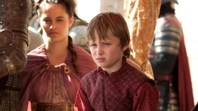 Archivo:Tommen Baratheon HBO.JPG