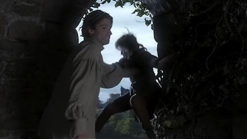 Archivo:Jaime empuja a Bran HBO.jpg