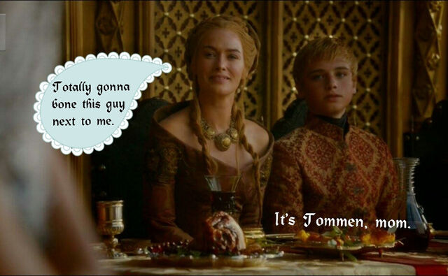Archivo:111787-Cersei-Tommen-purple-wedding-m-uPWg.jpeg