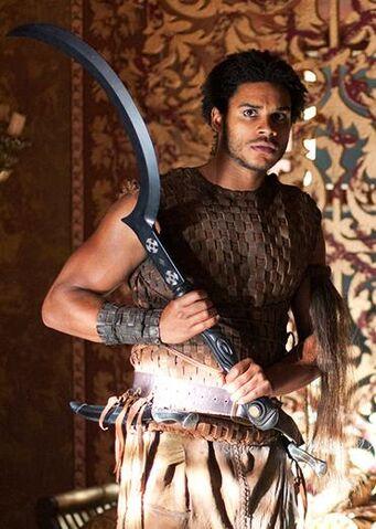 Archivo:Kovarro HBO.jpg