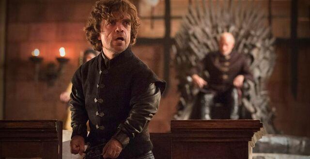 Archivo:Tyrion en el juicio HBO.jpg