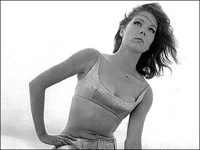 Archivo:Oleanna Tyrrell de jovencita 2..jpg