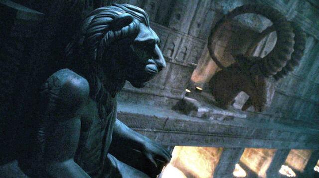 Archivo:León de la Noche HBO.jpg