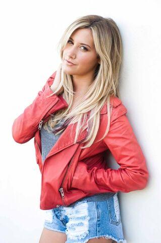 File:Ashley tisdale the coveteur photoshoot QJWQB02a.sized.jpg