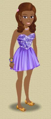 File:Payton Prom Dress.jpg