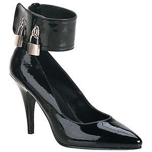 File:Locking high heels.jpg