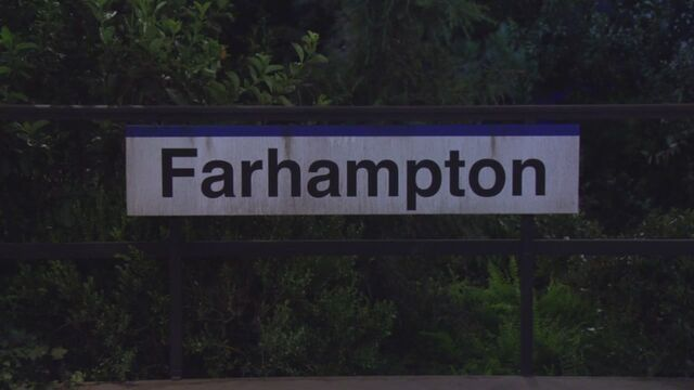 File:Farhampton Sign.jpg