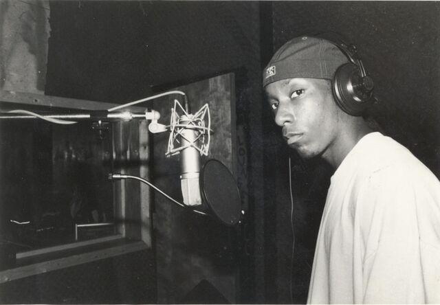 File:Big L - In the studio.jpg