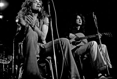 Led Zeppelin acoustic 1973 by Heinrich Klaffs